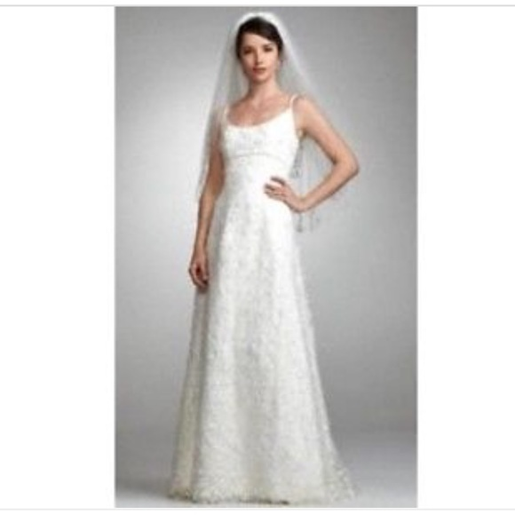 Nwot Oleg Cassini Beaded And Lace Wedding Gown